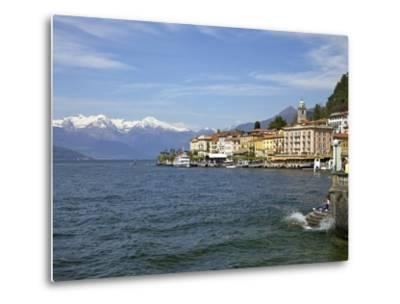 Spring Sunshine in Bellagio, Lake Como, Lombardy, Italian Lakes, Italy, Europe