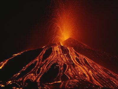 A Fiery New Cone on Mount Etna Upstages Sicilys Night Sky in 2002
