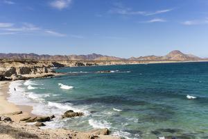 Beach and sea, Cabo Pulmo, UNESCO World Heritage Site, Baja California, Mexico, North America by Peter Groenendijk