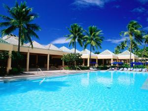 Pool, Sheraton Hotel, Denarau Island, Western Division, Fiji by Peter Hendrie