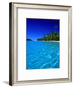 Tropical Lagoon Waters, Aitutaki, Southern Group, Cook Islands by Peter Hendrie