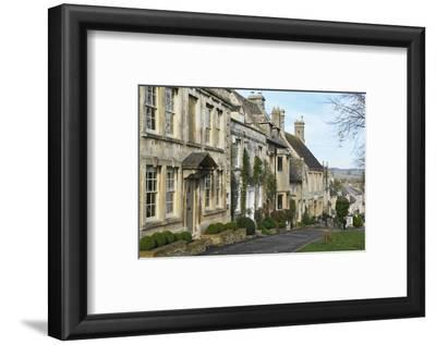 Cotswold Cottages Along the Hill, Burford, Cotswolds, Oxfordshire, England, United Kingdom, Europe