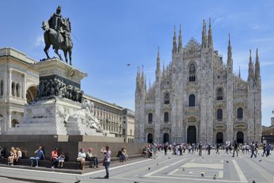 Equestrian Statue of Victor Emmanuel Ii and Milan Cathedral (Duomo), Piazza Del Duomo, Milan