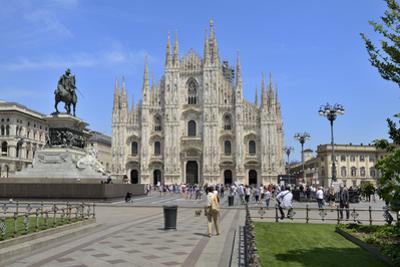 Milan Cathedral (Duomo), Piazza Del Duomo, Milan, Lombardy, Italy, Europe