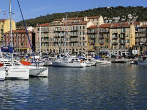 Port Lympia in the Quartier Du Port, Nice, Alpes Maritimes, Provence, Cote D'Azur, French Riviera,  by Peter Richardson