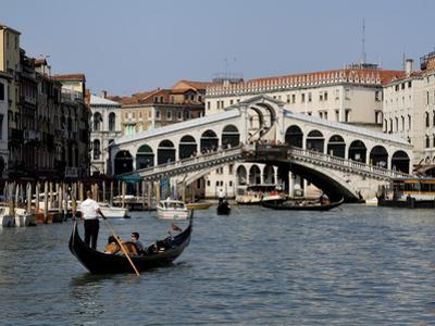 Rialto Bridge, Grand Canal, Venice, Veneto, Italy, Europe