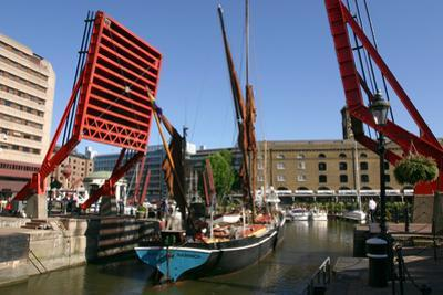 Barge Passing Through St Katherines Lock, London by Peter Thompson