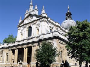 Brompton Oratory, South Kensington, London by Peter Thompson
