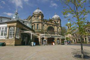 Buxton Opera House, Derbyshire by Peter Thompson