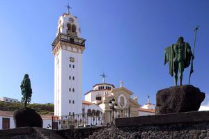 Candelaria, Tenerife, 2007 by Peter Thompson