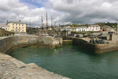 Charlestown, Cornwall by Peter Thompson