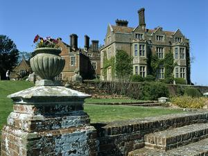 Chilham Castle, Kent by Peter Thompson