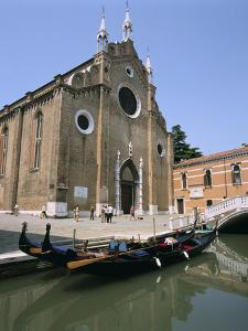 Church of Santa Maria Gloriosa Dei Frari, Venice, Italy by Peter Thompson