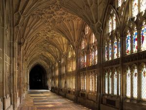 Cloisters of Gloucester Cathedral, Late 14th Century by Peter Thompson