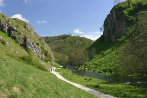 Dovedale, Derbyshire by Peter Thompson
