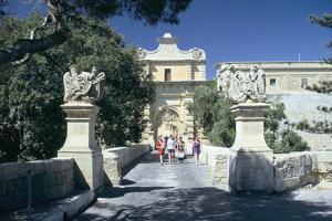 Main Gate, Mdina, Malta. Erected in 1724 by Grand Master De Vilhena by Peter Thompson