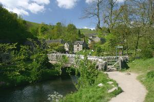 Milldale, Dovedale, Derbyshire by Peter Thompson