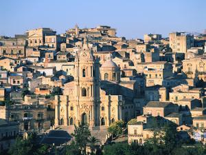 Modica, Sicily, Italy by Peter Thompson