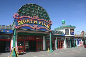 North Pier, Blackpool, Lancashire by Peter Thompson