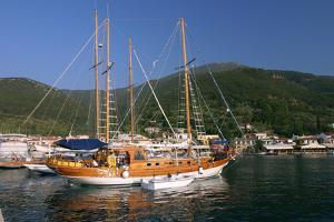 Sailing Boat Off Sami, Kefalonia, Greece by Peter Thompson
