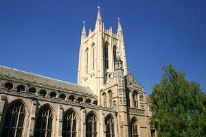 St Edmonsbury Cathedral, Bury St Edmunds, England by Peter Thompson
