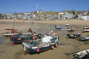 St Ives Harbour at Low Tide, Cornwall by Peter Thompson