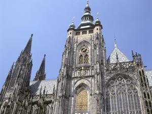 St Vitus Cathedral, Prague, Czech Republic by Peter Thompson