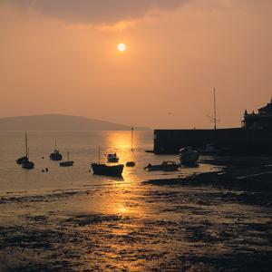 Sunset, Weston-Super-Mare, Somerset by Peter Thompson