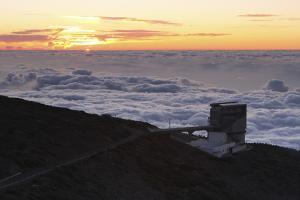 Telescopio Nazionale Galileo, La Palma, Canary Islands, Spain, 2009 by Peter Thompson