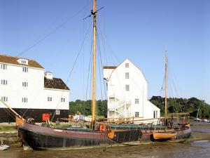 Tide Mill, Woodbridge, Suffolk, England by Peter Thompson