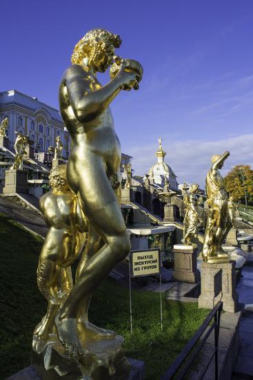 Petrodvorets (Peterhof) (Summer Palace), Near St. Petersburg, Russia-Gavin Hellier-Photographic Print
