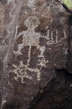 https://imgc.artprintimages.com/img/print/petroglyph-national-monument-petroglyphs-new-mexico-usa_u-l-poqxq50.jpg?p=0