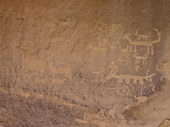 Petroglyphs Near Una Vida, Chaco Culture National Historic Park, New Mexico, USA-James Hager-Photographic Print