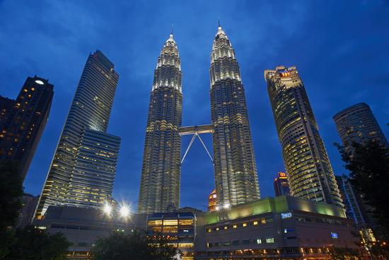 Petronas Towers Klcc Kuala Lumpur City Center Kuala Lumpur Malaysia Southeast Asia Asia Photographic Print By Tuul Art Com