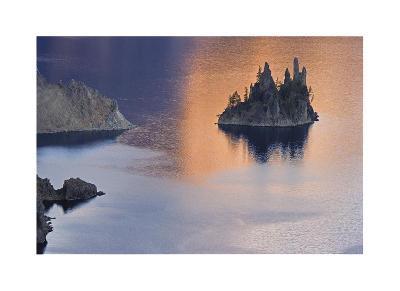 Phantom Ship Island-Donald Paulson-Giclee Print