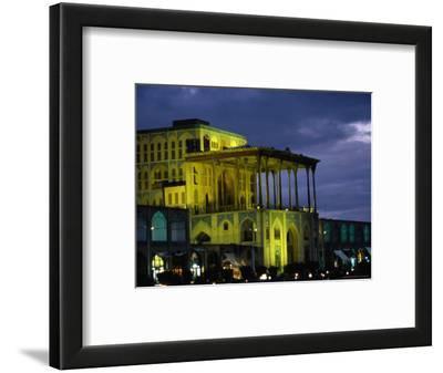 Ali Ghapu Palace on Emam-E Khomeini Square, Esfahan, Iran