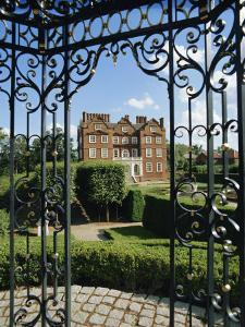 Kew Palace and Gardens, London, England, UK by Philip Craven