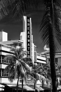 Art Deco Architecture of Miami Beach - The Esplendor Hotel Breakwater South Beach - Ocean Drive by Philippe Hugonnard