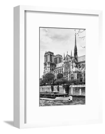 Bateau Mouche des Vedettes de Paris - Notre Dame Cathedral - Paris - France