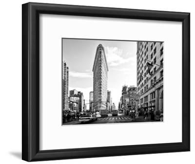 Black and White Photography Landscape of Flatiron Building and 5th Ave, Manhattan, NYC, US