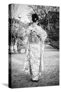 Black Japan Collection - Kimono by Philippe Hugonnard