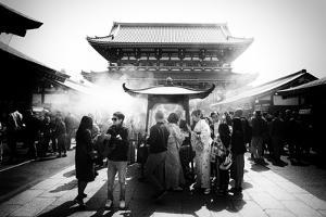 Black Japan Collection - Prayer of the day by Philippe Hugonnard
