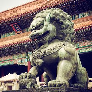 China 10MKm2 Collection - Bronze Chinese Lion in Forbidden City by Philippe Hugonnard