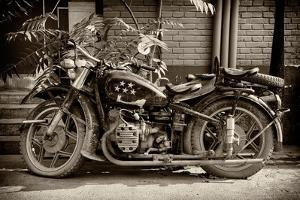 China 10MKm2 Collection - Motorcycle Five Stars by Philippe Hugonnard