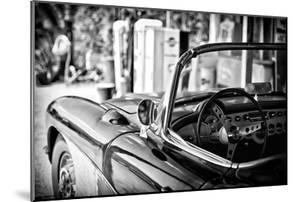 Classic Car - Chevrolet by Philippe Hugonnard