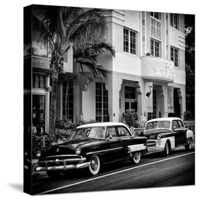 Classic Cars on South Beach - Miami - Florida
