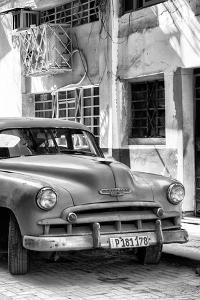 Cuba Fuerte Collection B&W - Chevrolet Classic Car IV by Philippe Hugonnard