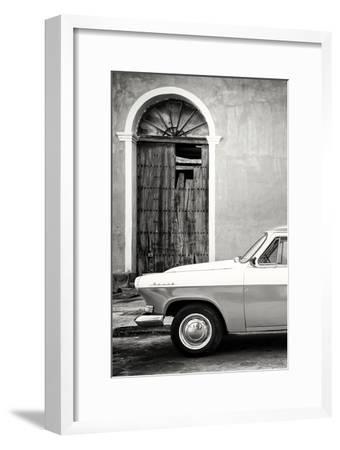 Cuba Fuerte Collection B&W - Old Classic Car in Santa Clara III