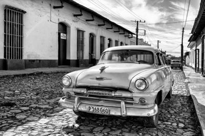 Cuba Fuerte Collection B&W - Plymouth Classic Car II