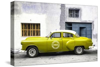 Cuba Fuerte Collection - Lime Green Pontiac 1953 Original Classic Car